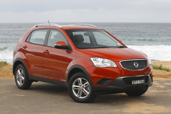 SsangYong Korando SX 20L AWD SUV ext front