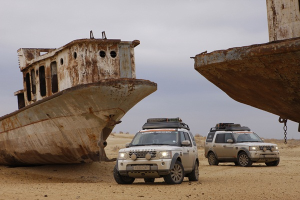 Land Rover Journey Of Discovery - Rebuilding the Aral Sea fishing