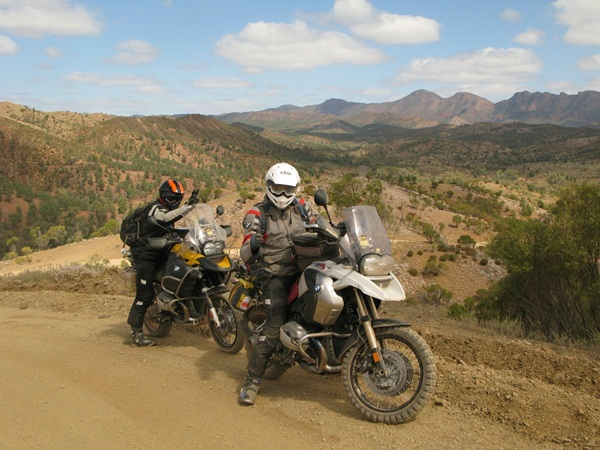 BMW GS Safari the Great Divide Beckons