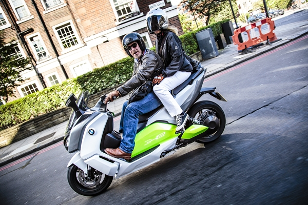 Charley Boorman takes C evolution to the Streets of London