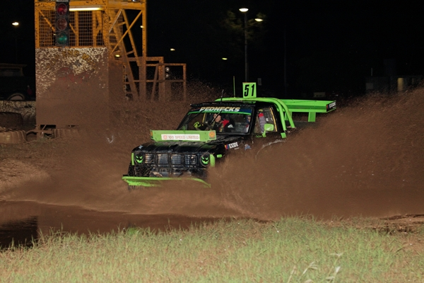 Top end mud racing image green Darwin NT