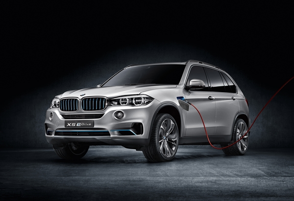 BMW Concept X5 eDrive web