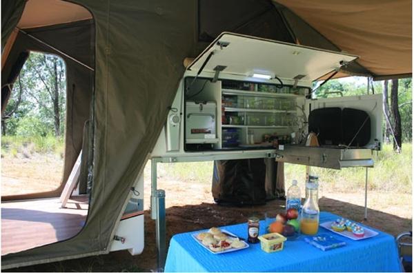travelander evron sc premium   camper kitchen table