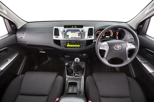 2014 Toyota Hilux 4x4 Sr5 5 Speed Manual Dash
