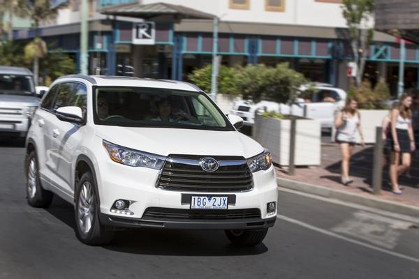 2014 Toyota Kluger web