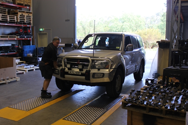 Project Pajero shock_brake proportioning and wheel alignment check before work started