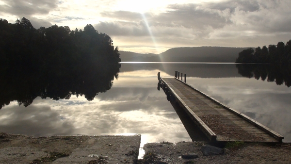 NZ 2014 Lake Paringa