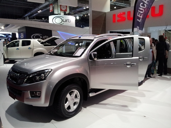 Isuzu Ute Paris