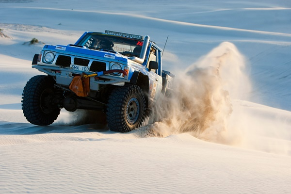 Narva Competitor Dave Cameron in Outback Challenge 2015