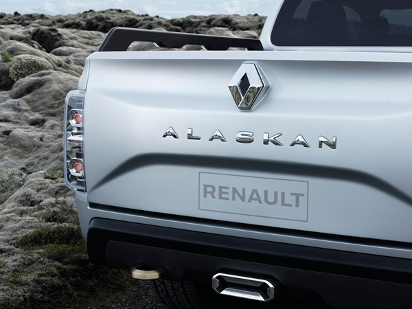 Renault ALASKAN Concept 1