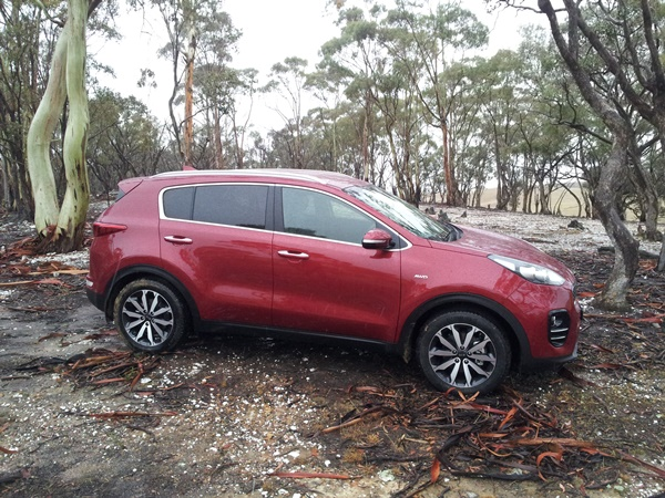 all new 2016 kia sportage launch review. Black Bedroom Furniture Sets. Home Design Ideas