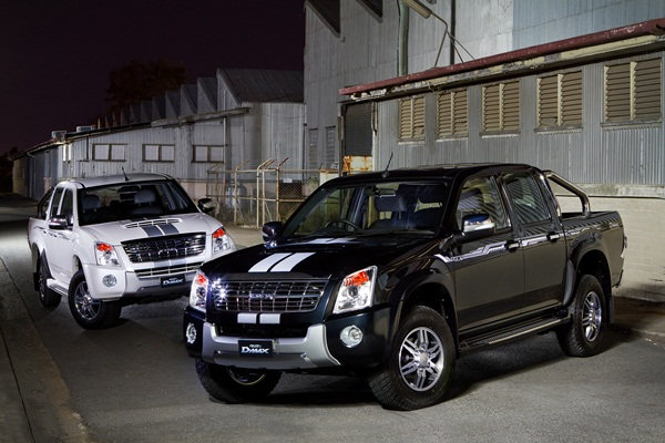 Isuzu D-MAX Limited Edition III black and white