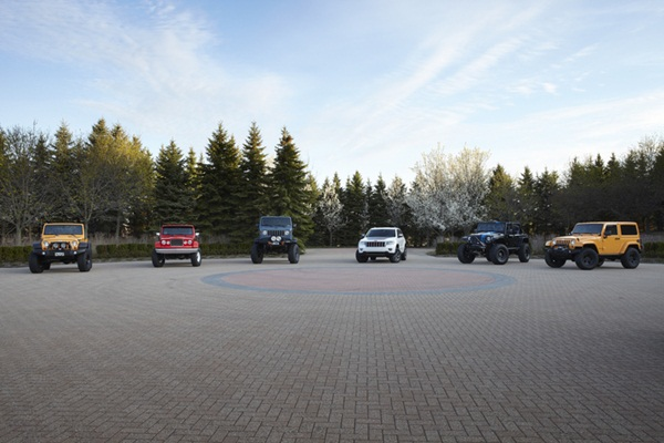 Jeep and Mopar Unveil Six New Vehicles for Moab Easter Jeep Safari 2012