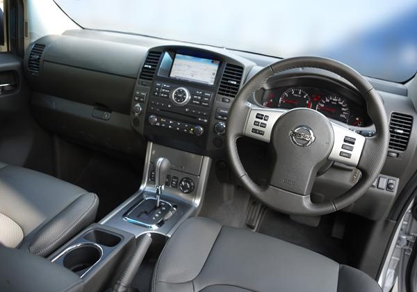 Nissan Navara D40 Dual Cab Ute interior - OzRoamer