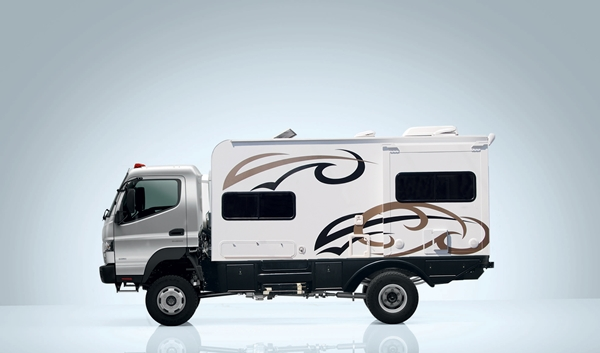 EarthCruiser Blue Dog Camper module on truck