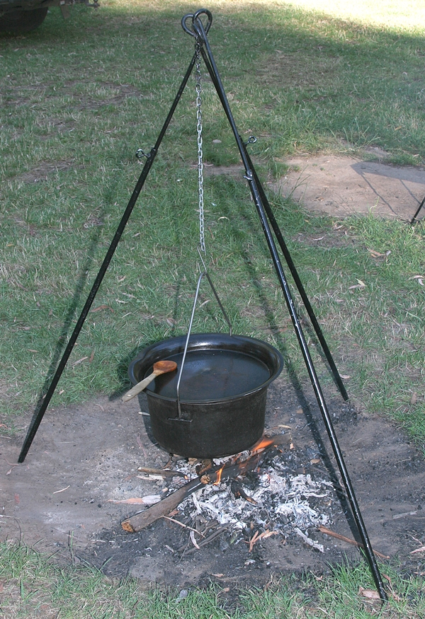 Hillbilly extending tripod with bushking hanging pic 4