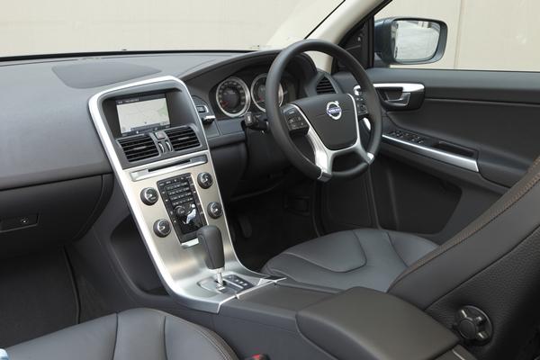 Volvo XC60 D5 Tecknic interior