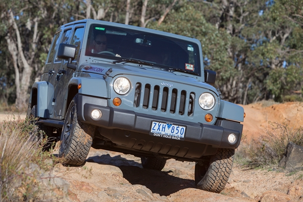 2013 Jeep Wrangler Rubicon 10th Anniversary Edition ext front