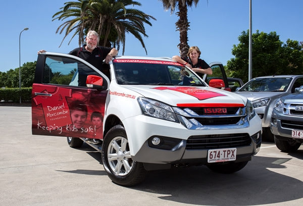 2014 Bruce & Denise Morcombe with their new Isuzu MU-X web