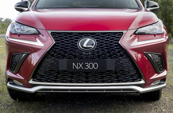 Lexus NX F Sport Grill