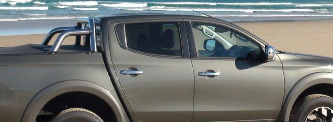 Mitsubishi Triton Exceed Samurai Beach