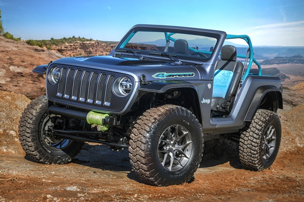 Jeep®  4SPEED Concept
