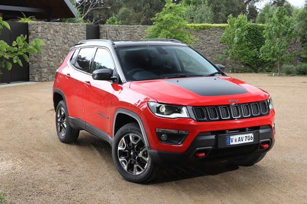 2018 jeep compass trailhawk 4wd review ozroamer. Black Bedroom Furniture Sets. Home Design Ideas