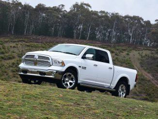 RAM 1500 Laramie 4WD 2