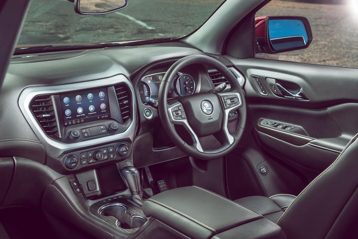 2019 Holden Acadia LTZ-V dash