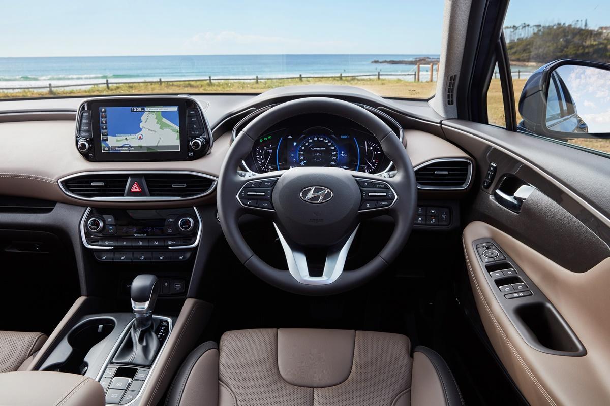 Hyundai Sante Fe highlander dash