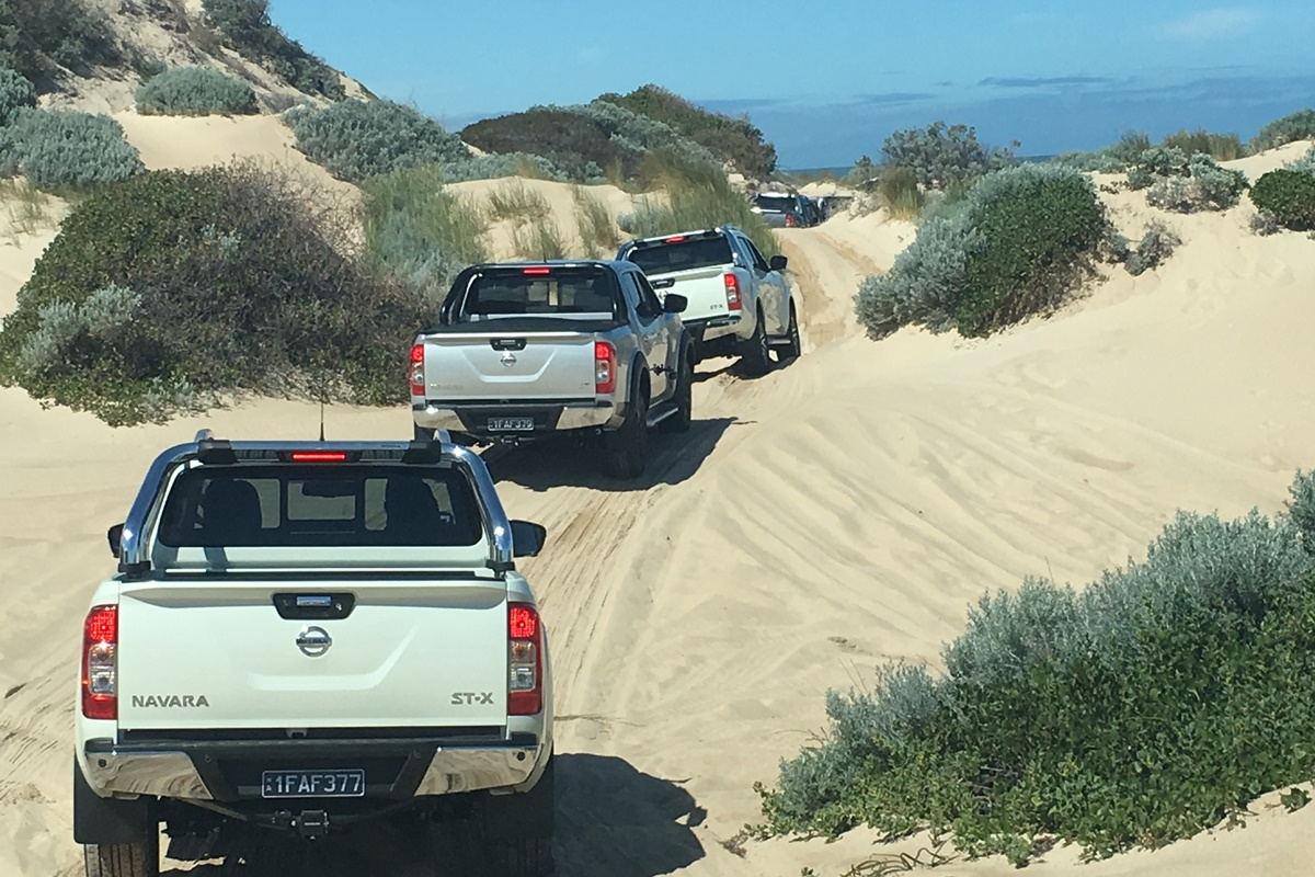 Navara Lifestyle beach driving 2