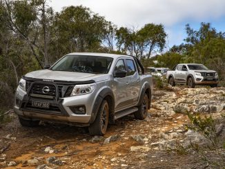 Navara Lifestyle bush access