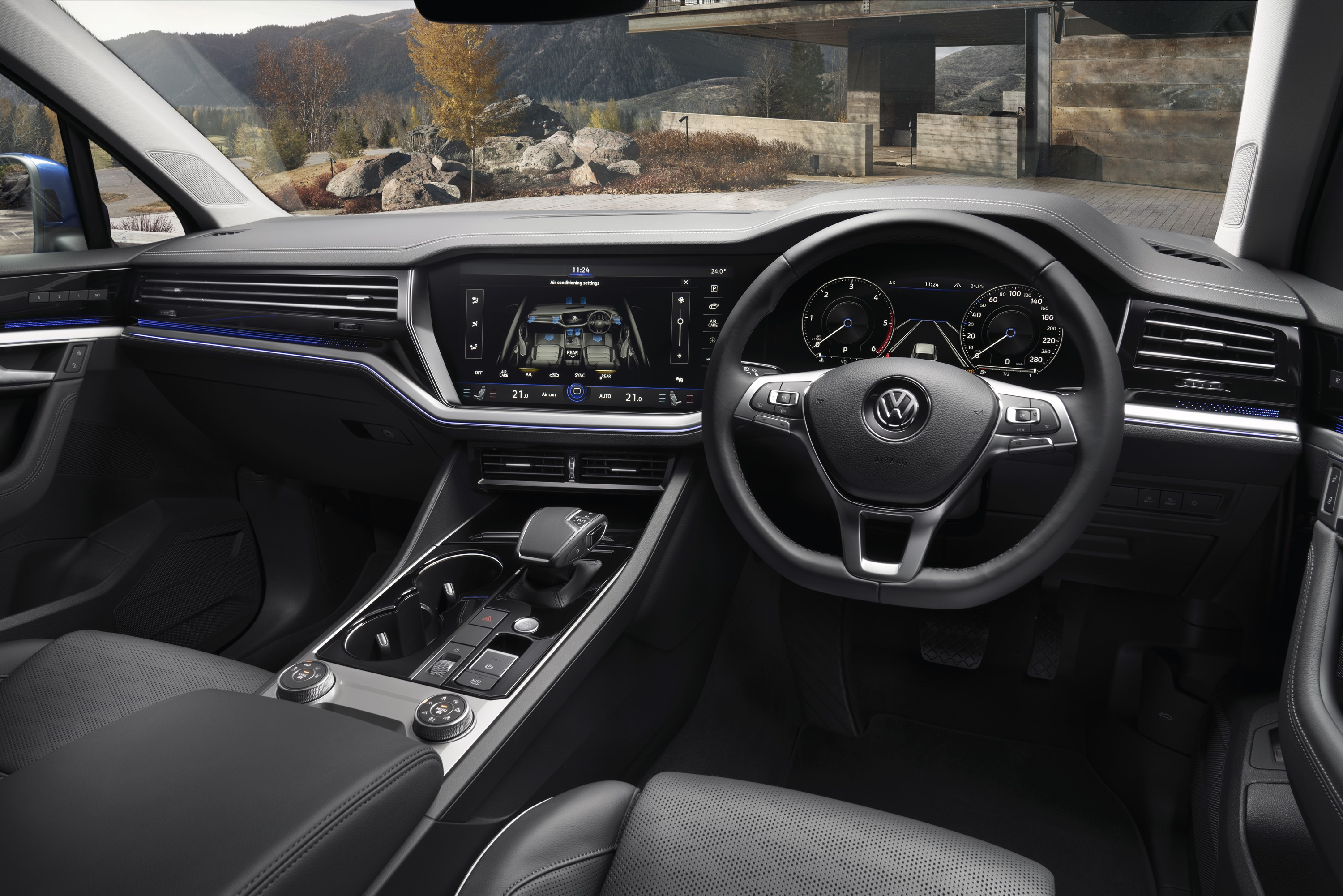 2019 VW Touareg Launch Edition 19 interior 2