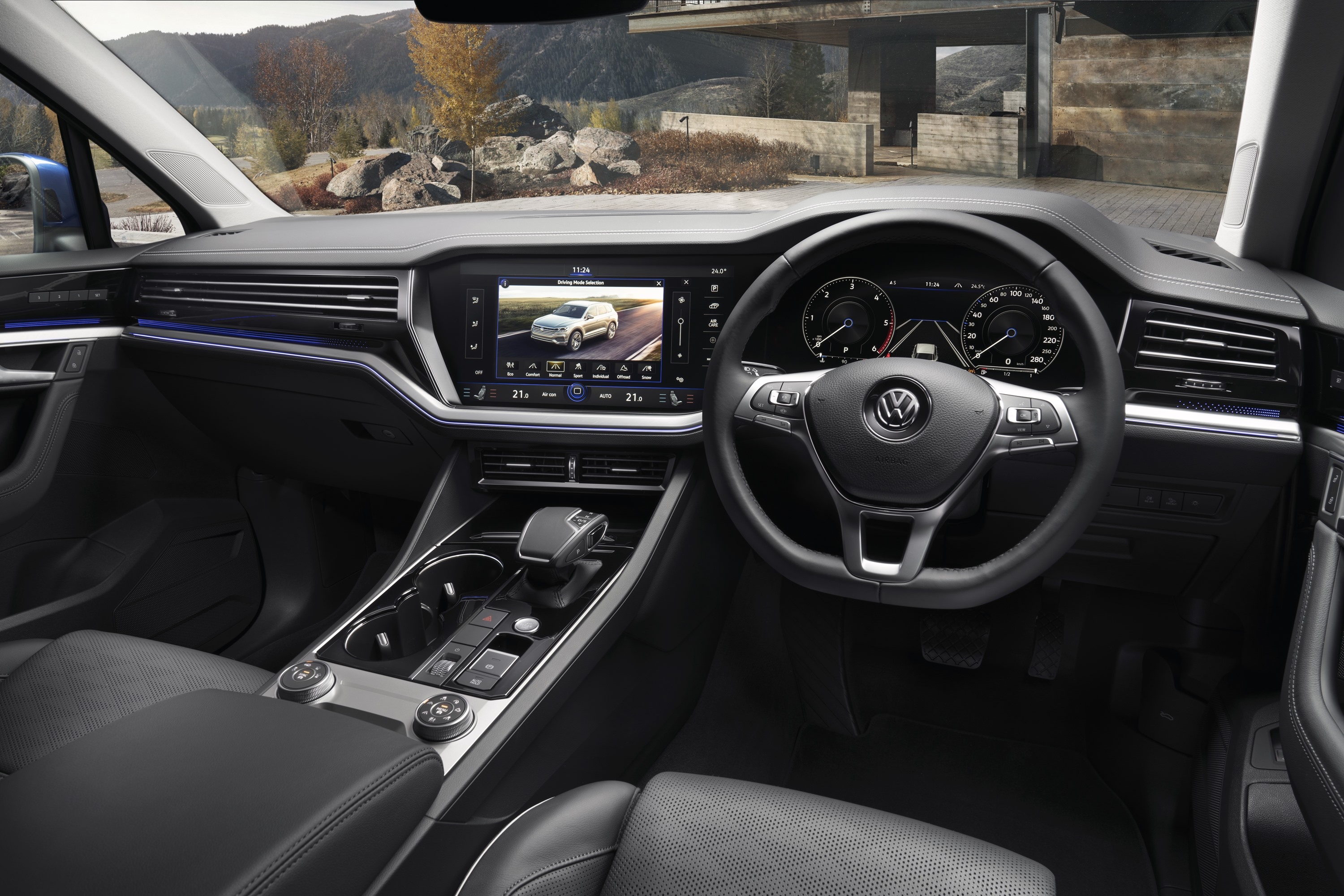 2019 VW Touareg Launch Edition 3 interior 1