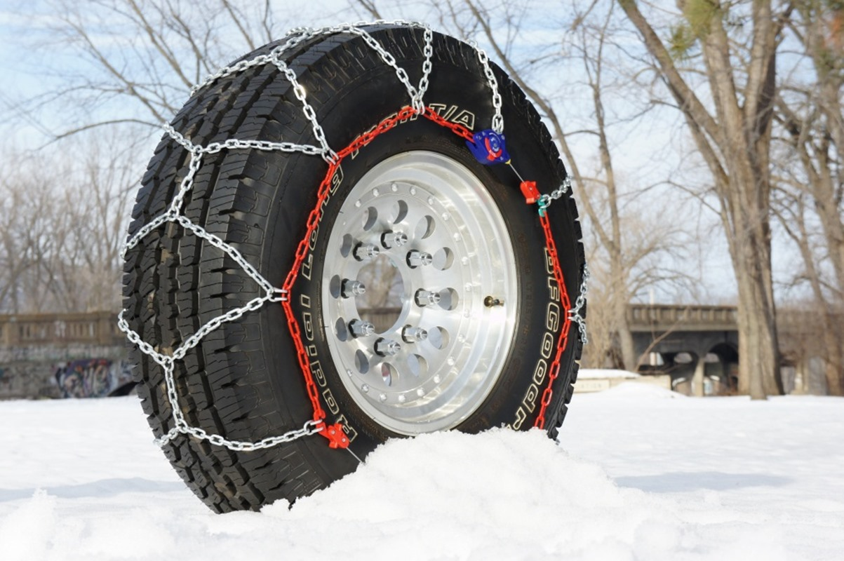 Snow driving tips snow chains