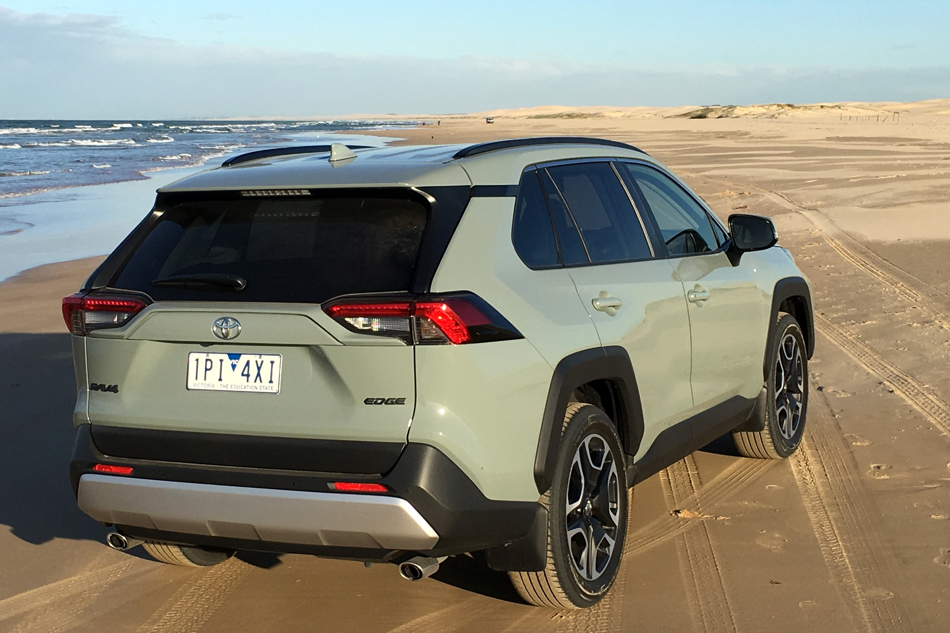 2019 Toyota RAV 4 AWD Edge rear