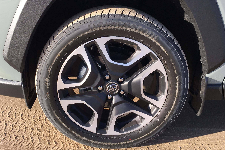 2019 Toyota RAV 4 AWD Edge tyres