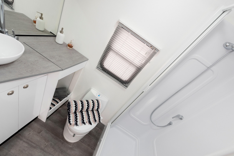 2019 Avida Ceduna Motorhome C7194 bathroom