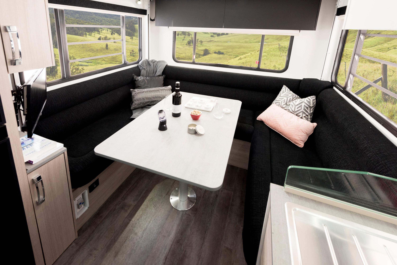 2019 Avida Ceduna Motorhome C7194 lounge