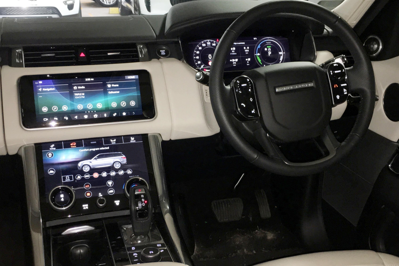 2019 Range Rover PHEV 12 dash