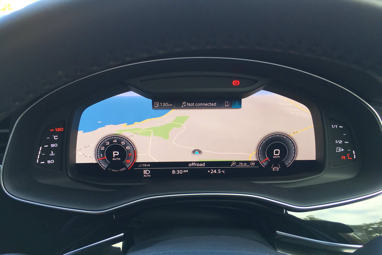 2020 Audi Q8 S Line 17 dash