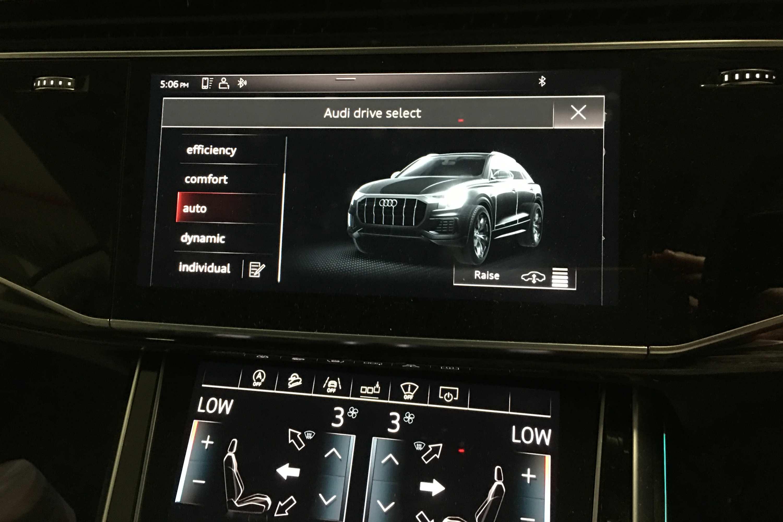 2020 Audi Q8 S Line 19 drive select 2