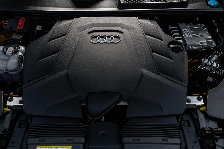 2020 Audi Q8 55 TFSI Quattro S-Line Engine