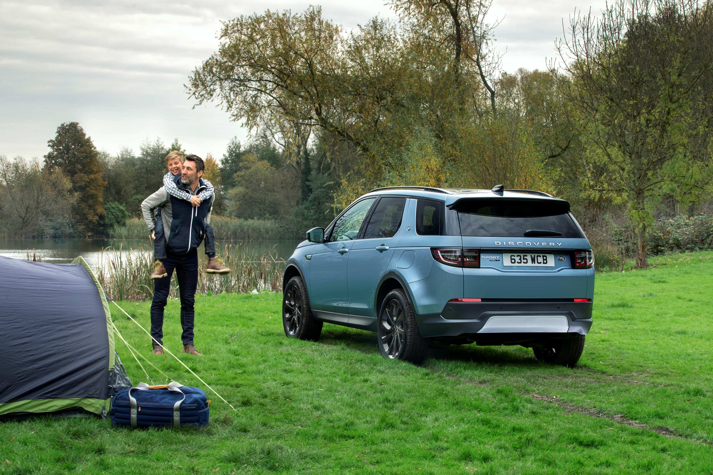 Land Rover Discovery Sport 8 rear
