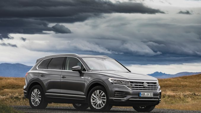 Volkswagen's Touareg V8 TDI R-Line packs a 4.0-litre twin turbo diesel engine that delivers 310kW and a formidable 900Nm, arrives Volkswagen's Touareg V8 TDI R-Line packs a 4.0-litre twin turbo diesel engine that delivers 310kW and a formidable 900Nm, arrives in quarter four this year.