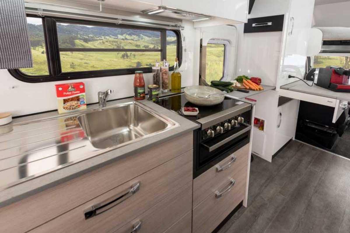 2020 Ceduna_C7194_Kitchen