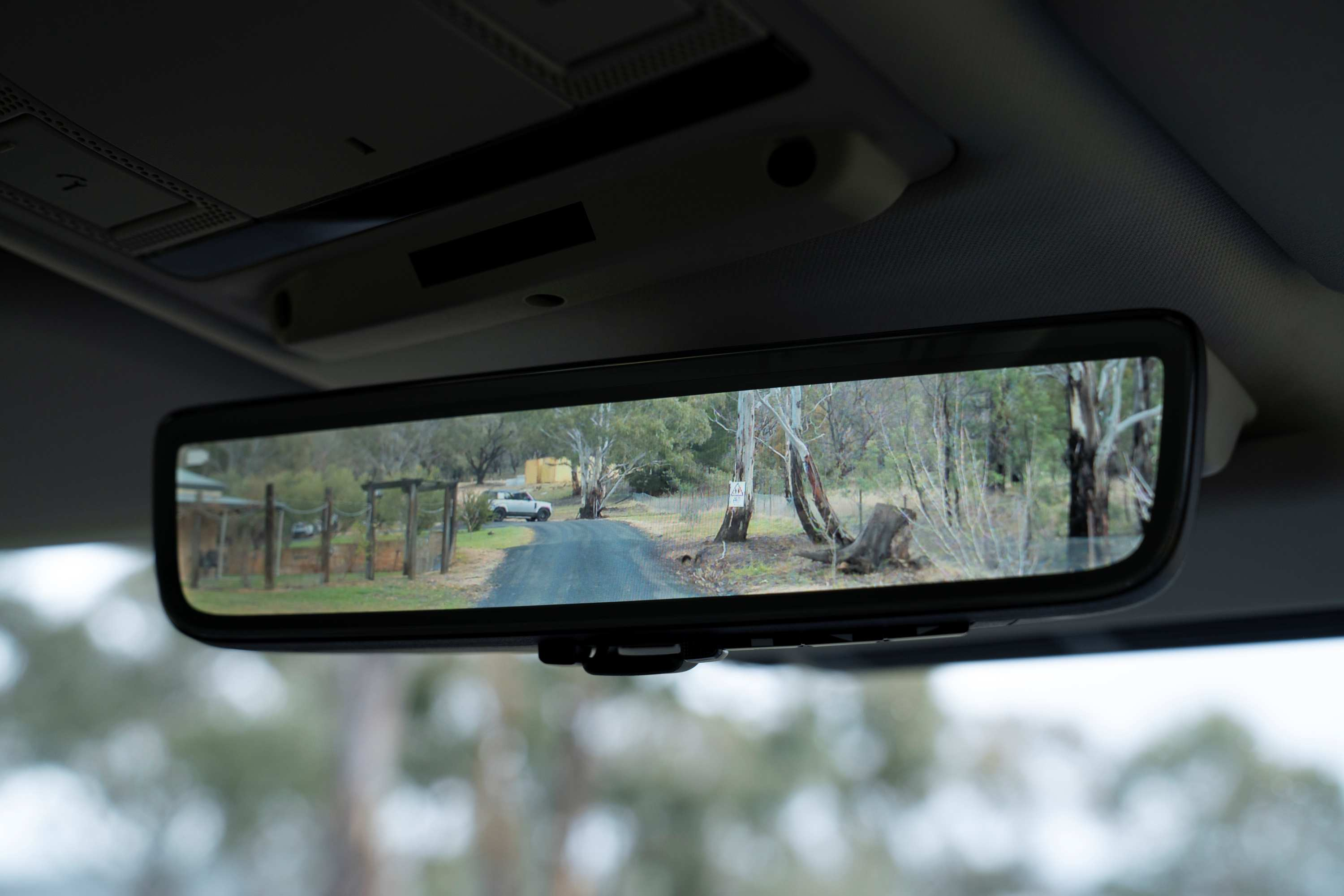 Land Rover Defender camera mirror