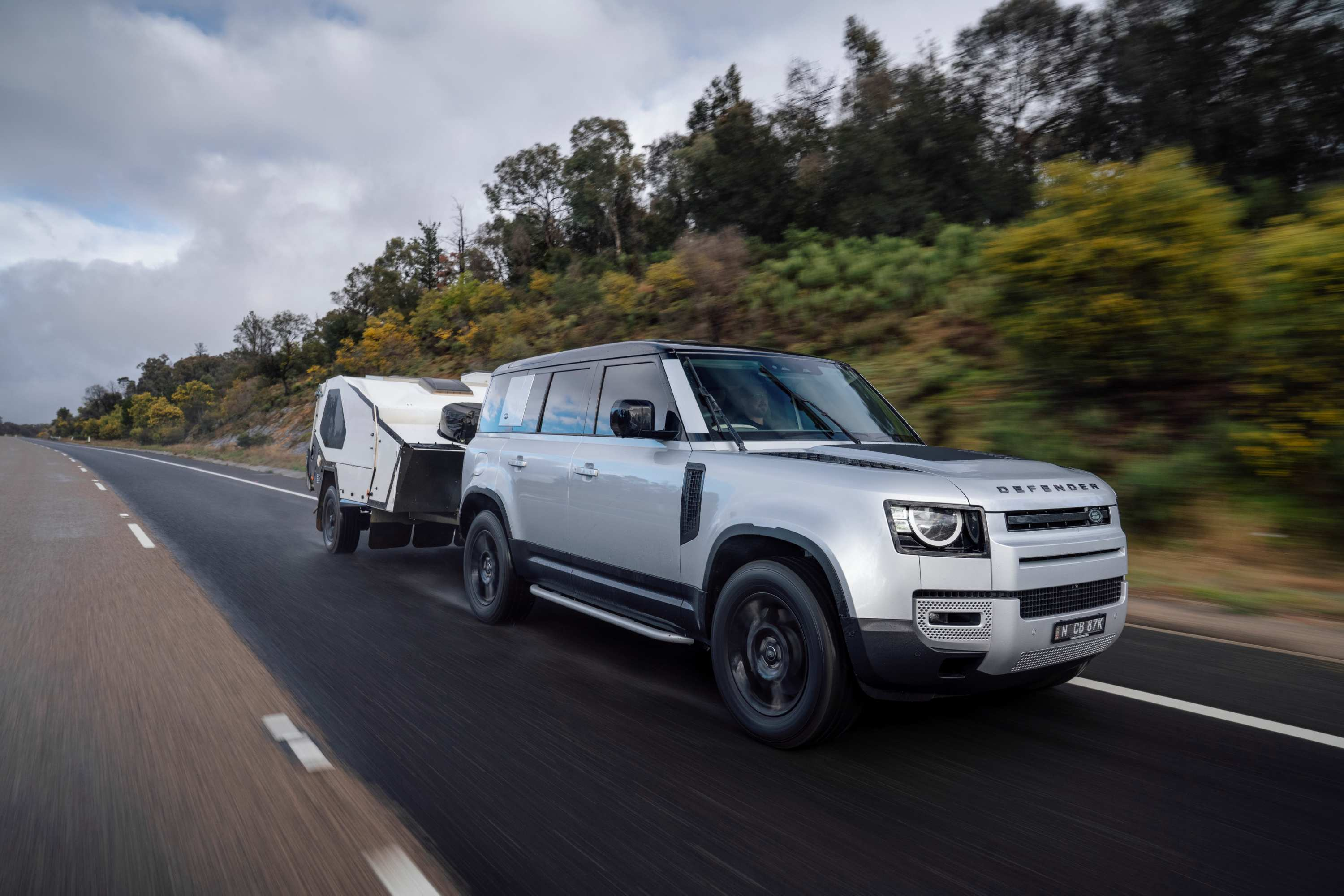 Land Rover Defender towing