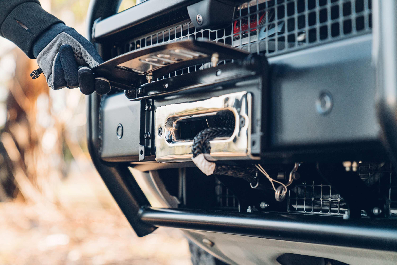 Land Rover Defender winch