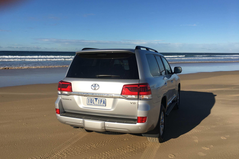 Toyota LandCruiser Sahara 2020 rear